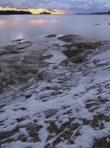 sunrise snow by ojjo