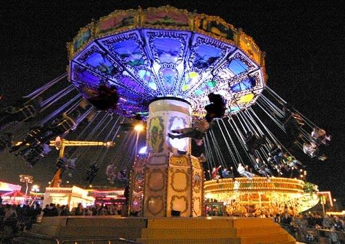 Fairgrounds swing by ziggy