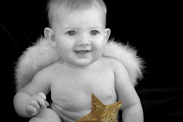 Twinke Eyes by kjenn
