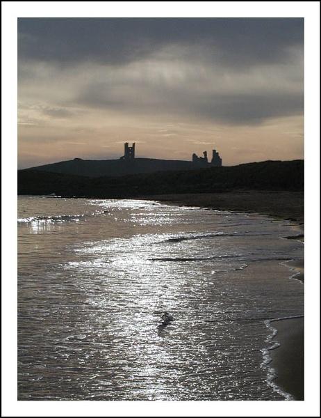 Dunstanburgh Castle by DenisG