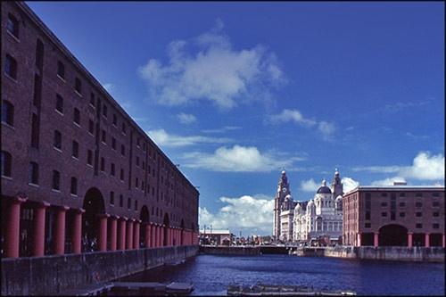 Albert Dock,Liverpool by victorburnside