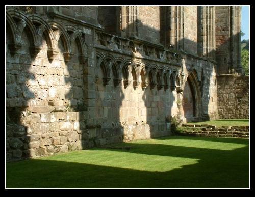 Bolton Abbey by markthompson
