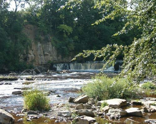 Swale Falls by choosethefinetime