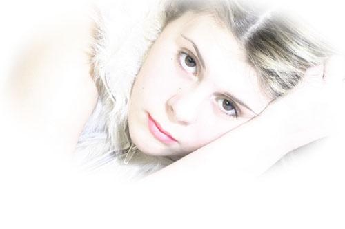 Dani by oneeye