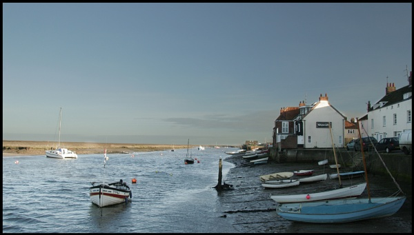Winter Day in Wells by vfr400