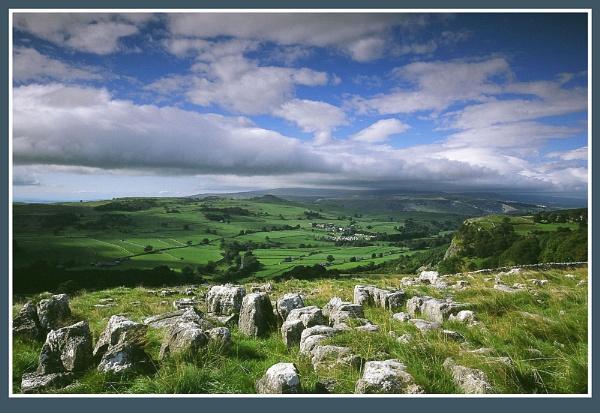 Limestone view by markthompson