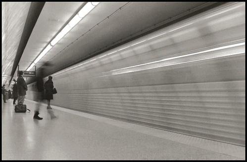 Underground Movement by kadisu