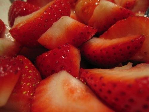 strawberry by laura1