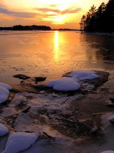 snowsunset by ojjo