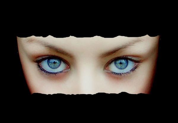 Hidden Beauty by lyne