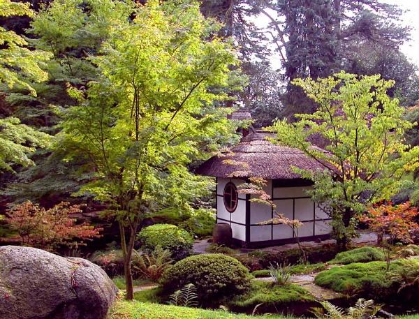 Japanese Garden by helen&peter