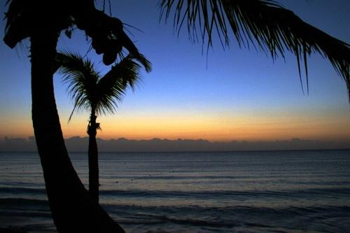 Yucatan dawn by street3