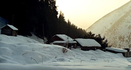 Winter Scene 7 by tudor