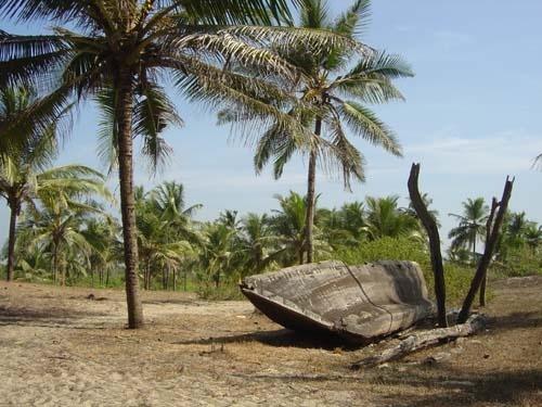 Beach Boat by paresh72