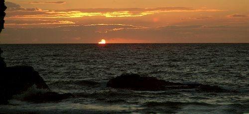 Setting sun by phiggy