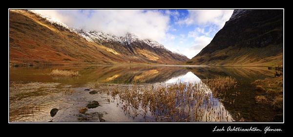 Loch Achtriochtan, Glencoe. by johnc1711
