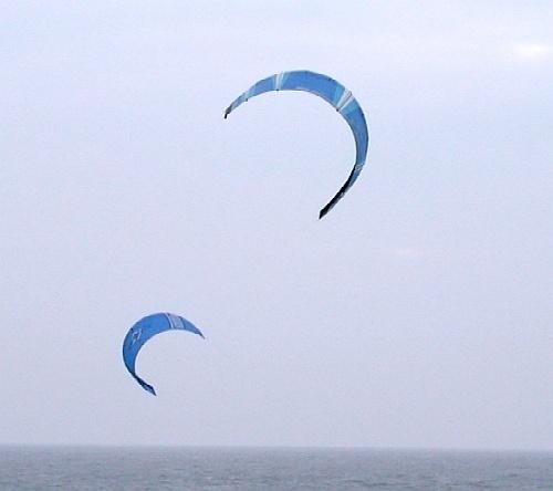 Kites by emesef