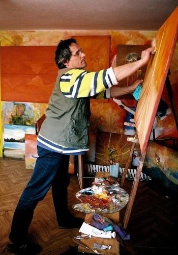 Artist is working hard by GregorP