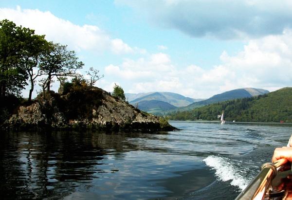 Boat trip by helen&peter