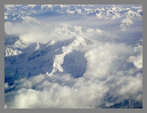 The Alps by tonyvizard