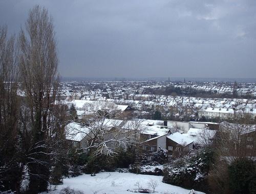 Snow by kombizz