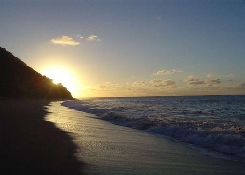Grande Anse Sundown by tiben
