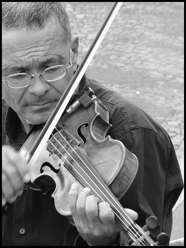The Violinist by leedewey
