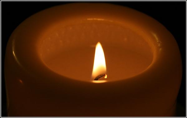 Soft Flame by lloydy