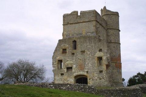 Donnington Castle by speybay