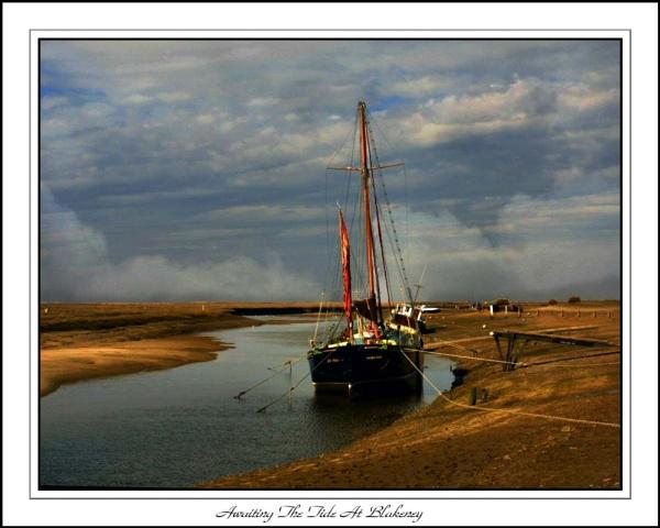 Awaiting The Tide At blakeney by Jimbob