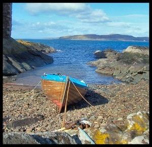 Boat @ Portencross (Reload) by ScottRobertson