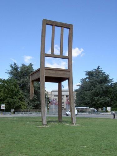 3 legged chair by MikeH