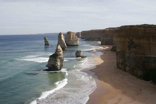 Great ocean rd- 12 Apostles by josie2879