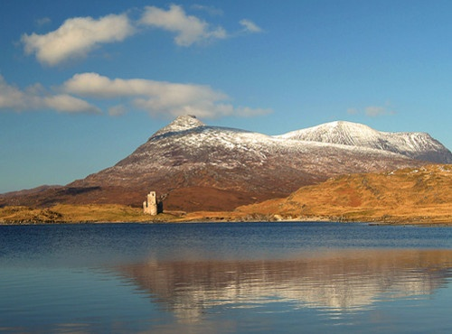 Ardvreck Castle & Quinag by Snapper