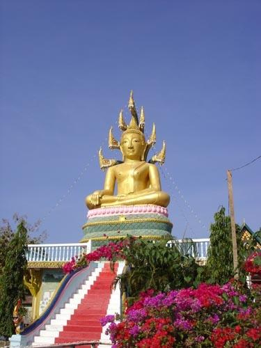 Buddha Loves Naga by jsuter