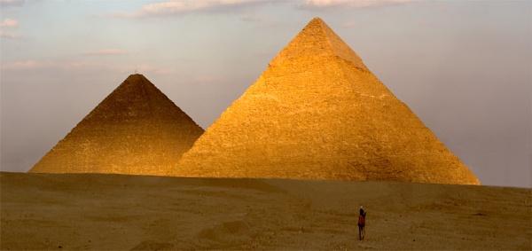Pyramids by ahollowa
