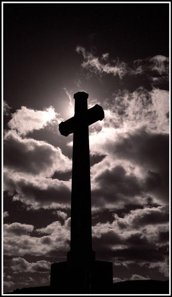 Cross II by Scotty