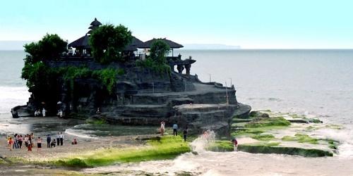 Tanah Lot by khanhnguyen