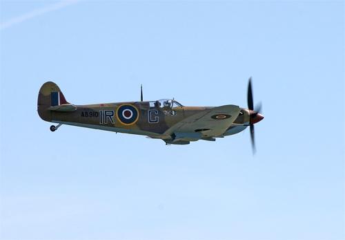 Spitfire AB910 by big fella