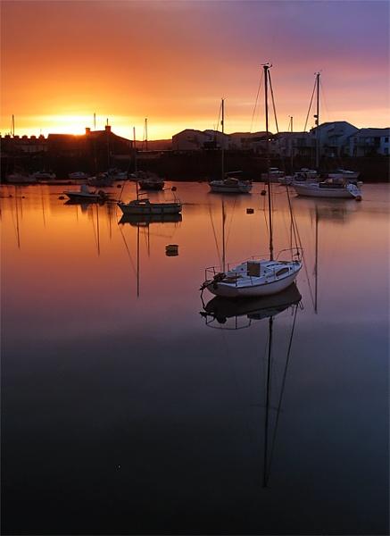Porthmadog @ Sunrise by mrarth