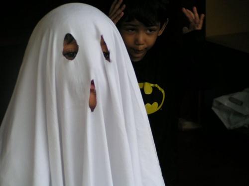 Mommy Help. Ghost! by Nandana