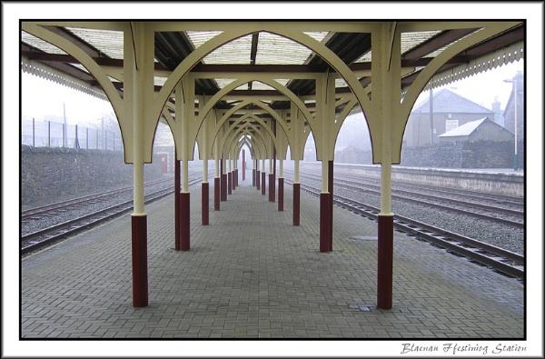 Blaenau Ffestiniog Station by sharonc