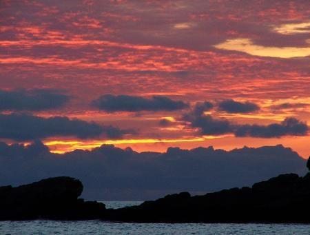 beach sunset by iainpb