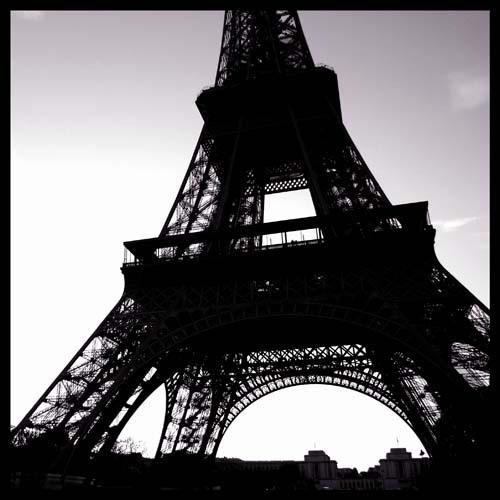 Eiffel Tower by Sabreur