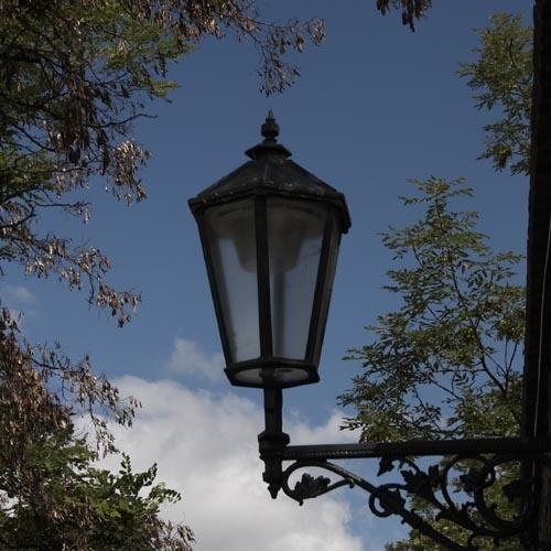 Give me light... by ArthurD