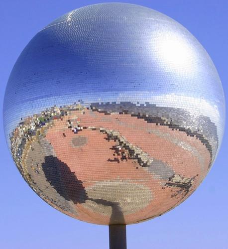 Blackpool Globe by SimyD