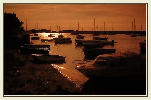 Wells Sunset by joan duckett