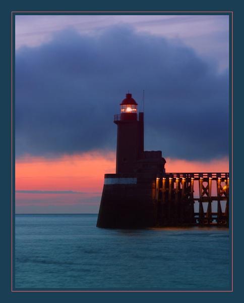 Fécamp Lighthouse 3 by conrad