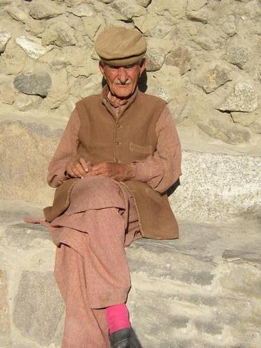 Old Man by saramalik