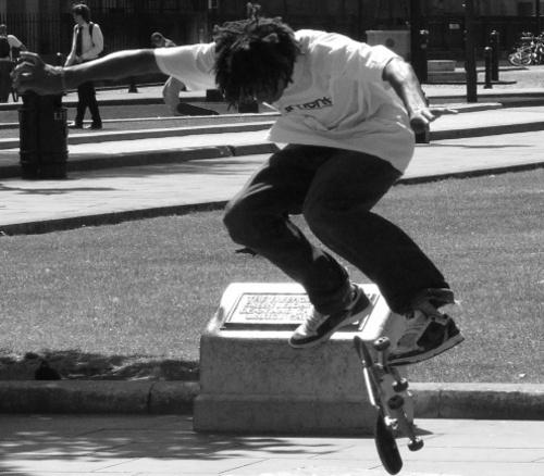 Skate jump by iainpb